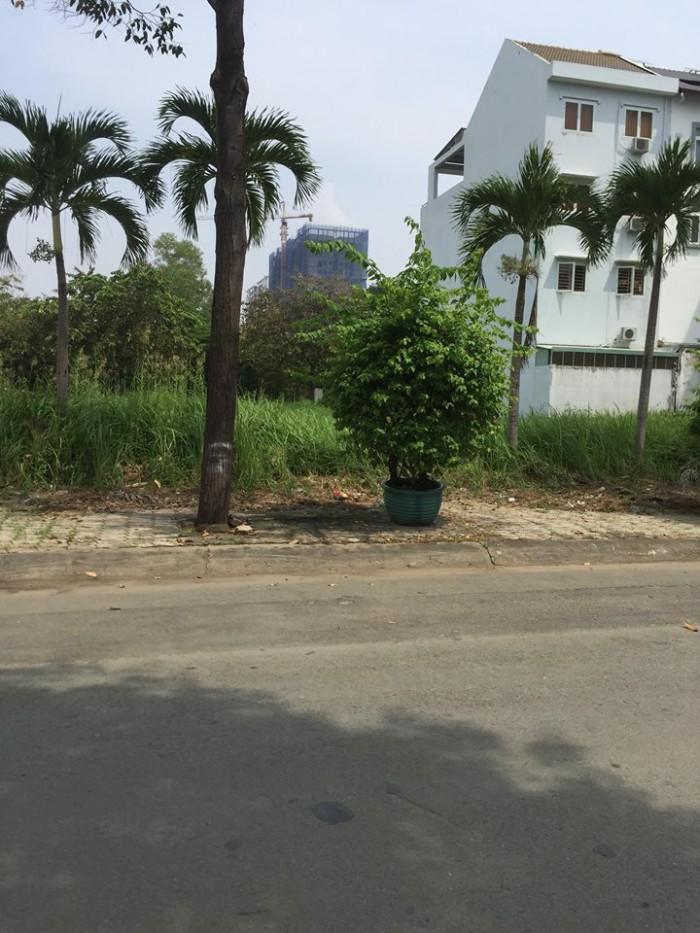 Cần bán lô đất đường vành đai trong, kdc 13B Conic – H.Bình Chánh. 120m2, shr, giá tốt.