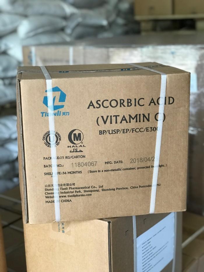 VITAMIN C NGUYÊN LIỆU 99% Thành phần: Ascorbic acid 99% Công dụng: - Chống sốc, gi...