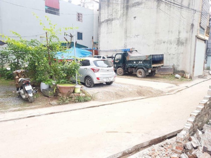 Bán nhanh lô đất ở xóm 7 Đông Dư.