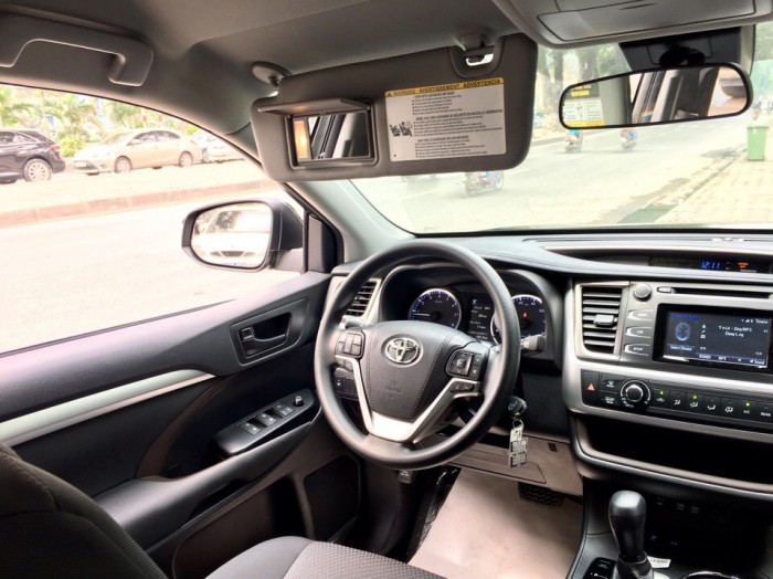 MT AUTO bán xe Toyota Highlander LE năm 2017, màu đen, nhập khẩu Mỹ 12