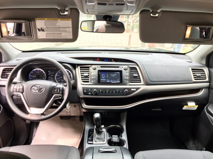 MT AUTO bán xe Toyota Highlander LE năm 2017, màu đen, nhập khẩu Mỹ 0