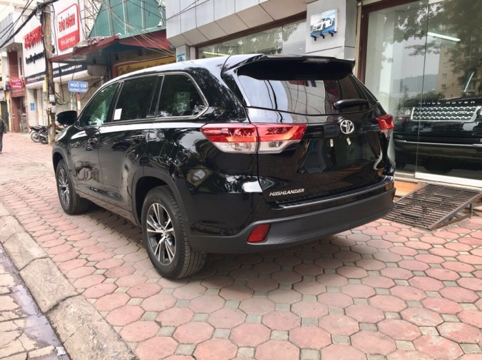 MT AUTO bán xe Toyota Highlander LE năm 2017, màu đen, nhập khẩu Mỹ 1