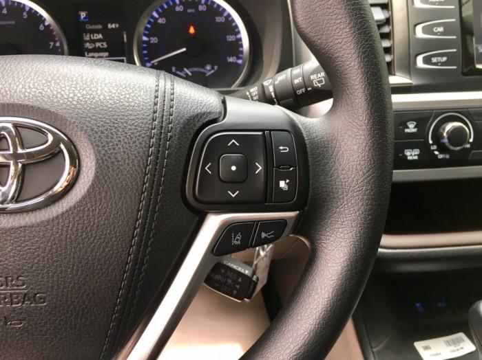 MT AUTO bán xe Toyota Highlander LE năm 2017, màu đen, nhập khẩu Mỹ 5
