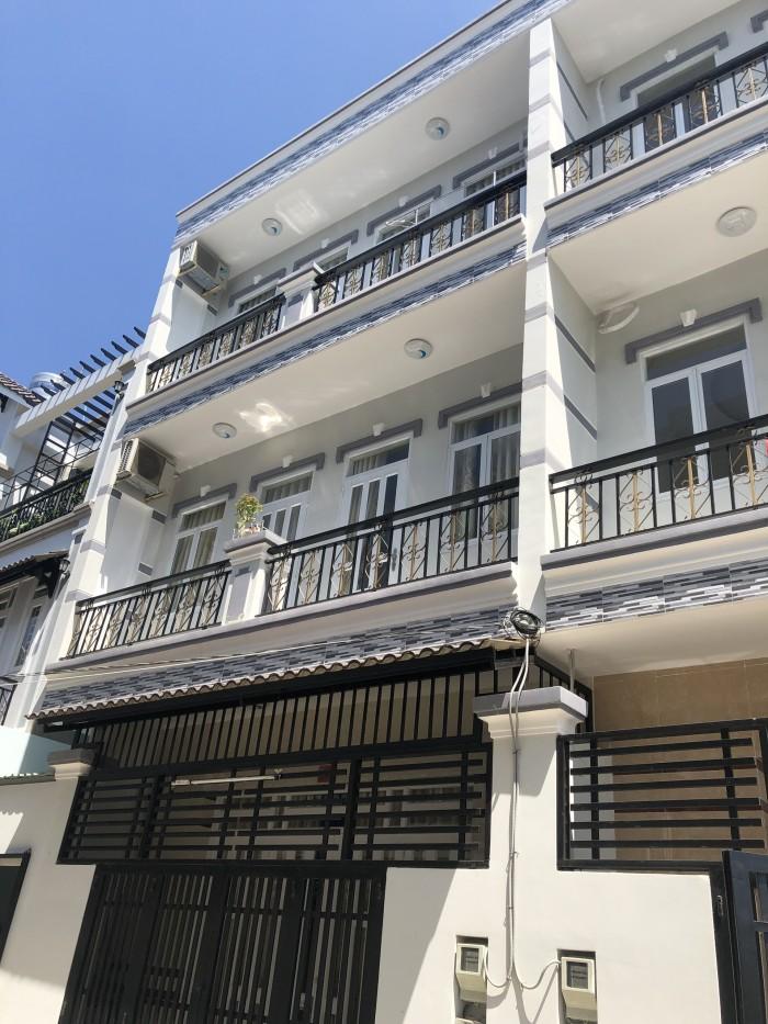 Bán nhà 2 lầu đúc đường Nguyễn Bình khu ủy ban huyện, DT 6m x 8m, 4 PN, đường xe hơi