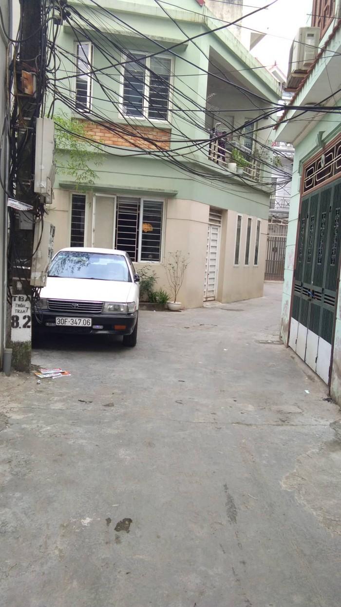 Đất phố Trạm – Long Biên ô tô vào tận nơi giá rẻ bất ngờ.
