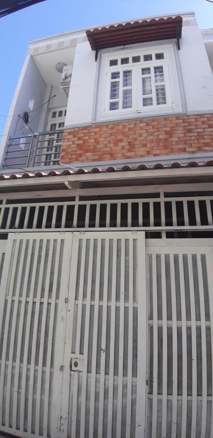 Bán nhà sổ hồng riêng hẻm 1942 đường Huỳnh Tấn Phát, thị trấn Nhà Bè, DT 4 x 10m.