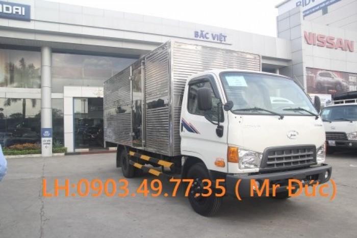Xe Tải Hyundai 7 tấn thùng kín-HD700
