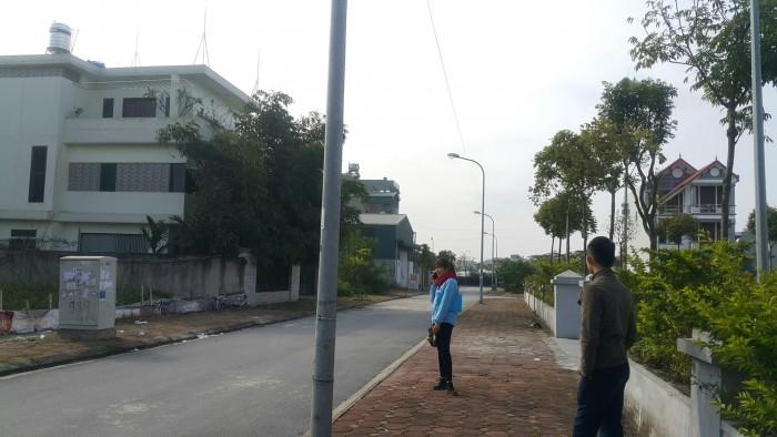 Bán đất trục đường 31ha Trâu Qùy đường vỉa hè,thông Ngô Xuân Quảng 2 mặt tiền 80m2
