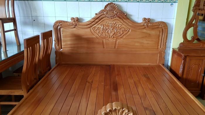 Giường ngủ hoa văn gỗ cực chất lượng4