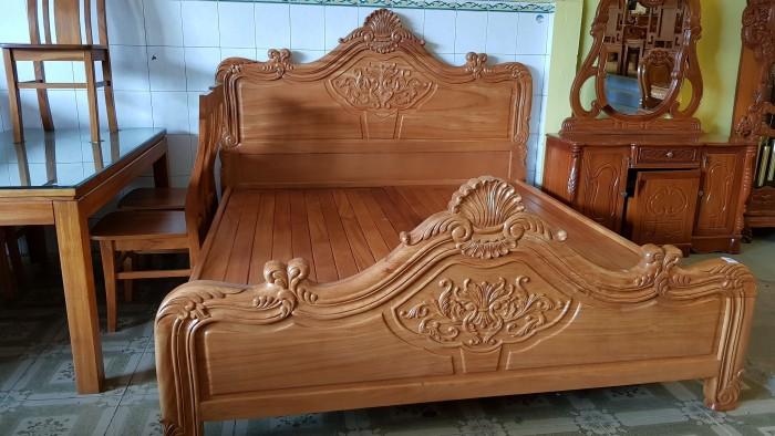 Giường ngủ hoa văn gỗ cực chất lượng3