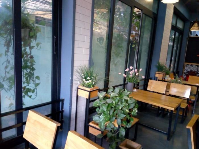Sang nhượng quán cafe DT 50 m2 tầng 1 + 60 m2 tầng 2 mặt tiền 4 m