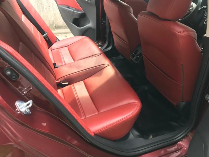 Cần bán xe Honda City đời 2017 đk 2018 số tự động màu đỏ