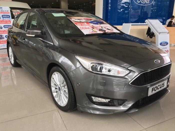 Quận 8 _Ford Focus, chiếc xe vượt trên cả mong đợi của bạn !