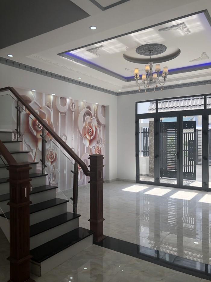 Bán nhà 3 lầu đường Đào Tông Nguyên, DT 5m x 16m, 4 PN, sân thượng, đường xe hơi
