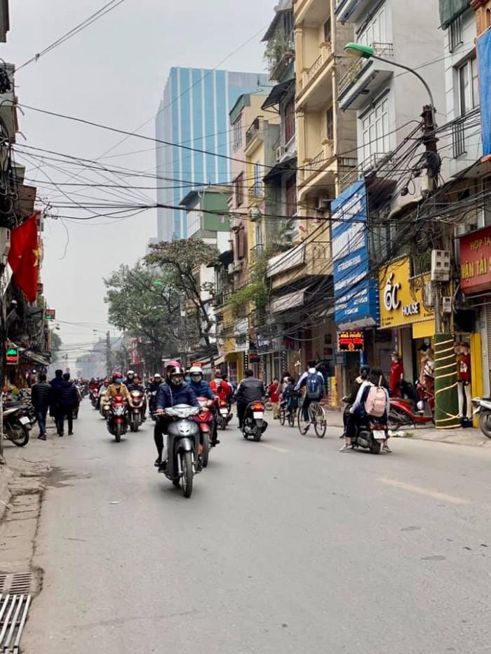 Bán nhà mặt phố Trương Định kinh doanh đẳng cấp, mặt tiền 4m, 50m2x3T