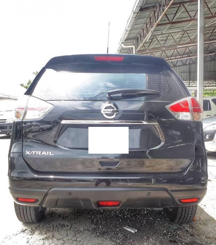 Cần bán xe Nissan Xtrai 2017 đk 2018 số tự động màu đen