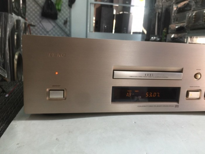 Bán chuyên CD TEAC 25XS hàng từ nhật về8