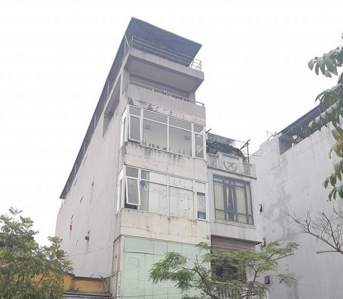 Bán nhà Vũ Tông Phan Mặt phố 120m 5 tầng 4.5 MT Thanh Xuân ô tô tải tránh nhau