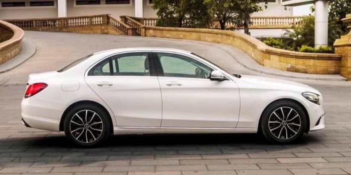 Mercedes C200 2019 - Xe Mới Ra Mắt Siêu Hot - Giao Ngay - Đủ Màu