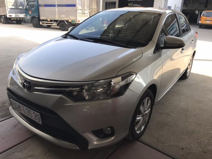Bán Toyota Vios E 1.5MT màu bạc số sàn sản xuất 2017 biển Đồng Nai