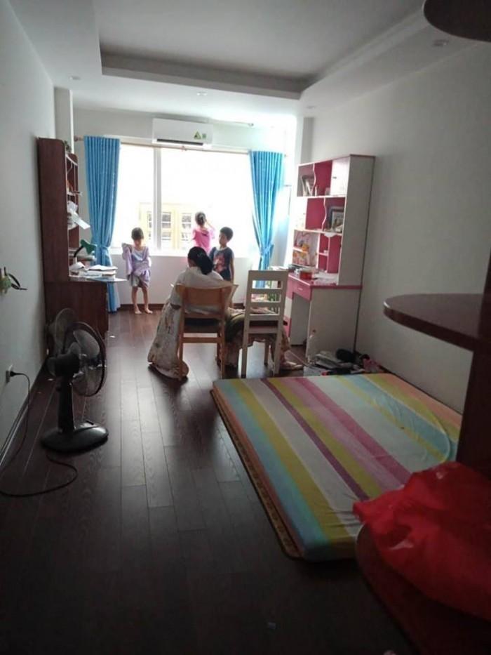 Nhà đẹp giá sốc, phố Nguyễn Lương Bằng, 20mx 4 tầng.