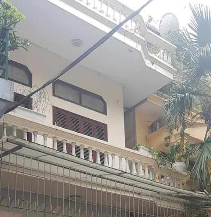 Bán nhà Hoàng Cầu 90m 3 tầng 5.7 MT Đống Đa ô tô tránh nhau