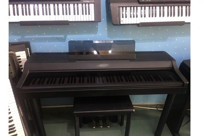 Piano Korg C-503