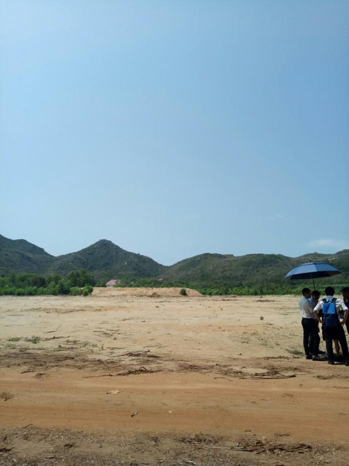 Bán gấp lô đất cách biển 1km gần Lan Rừng Long Hải.