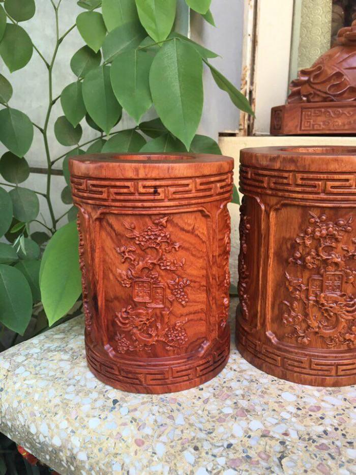 hộp đựng trà gỗ hương đỏ đường kính 11 cm, cao 18 cm2