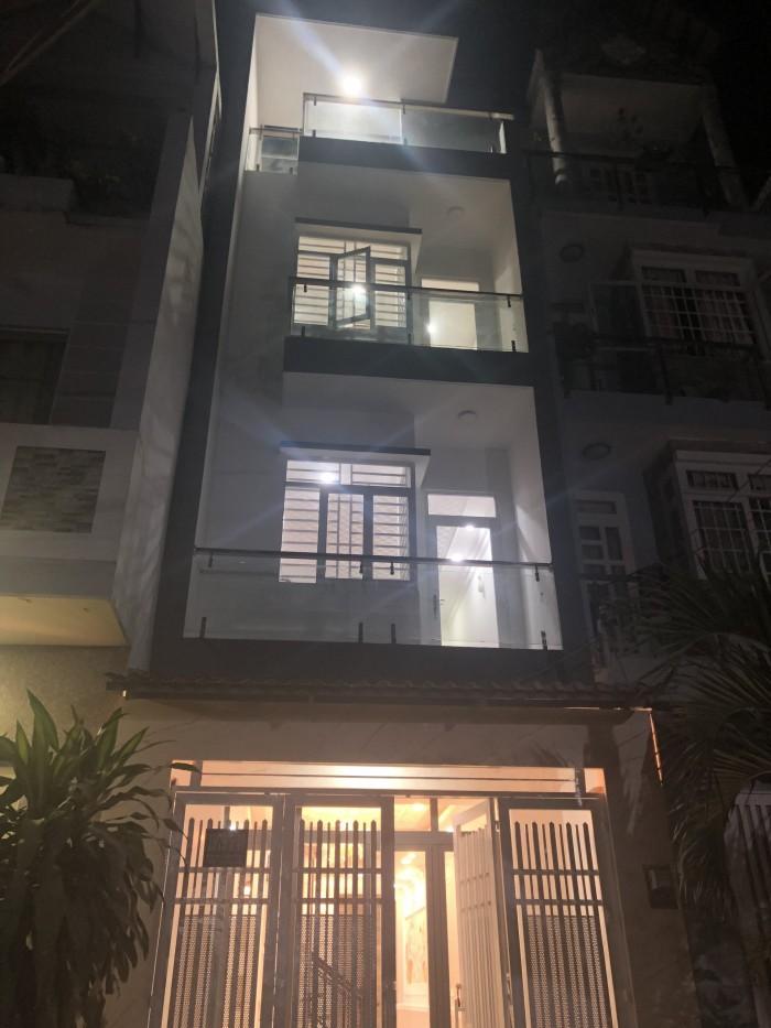 Bán nhà hẻm 1979 đường Huỳnh Tấn Phát, Nhà Bè, DT 4m x 16m. 2 lầu sân thượng