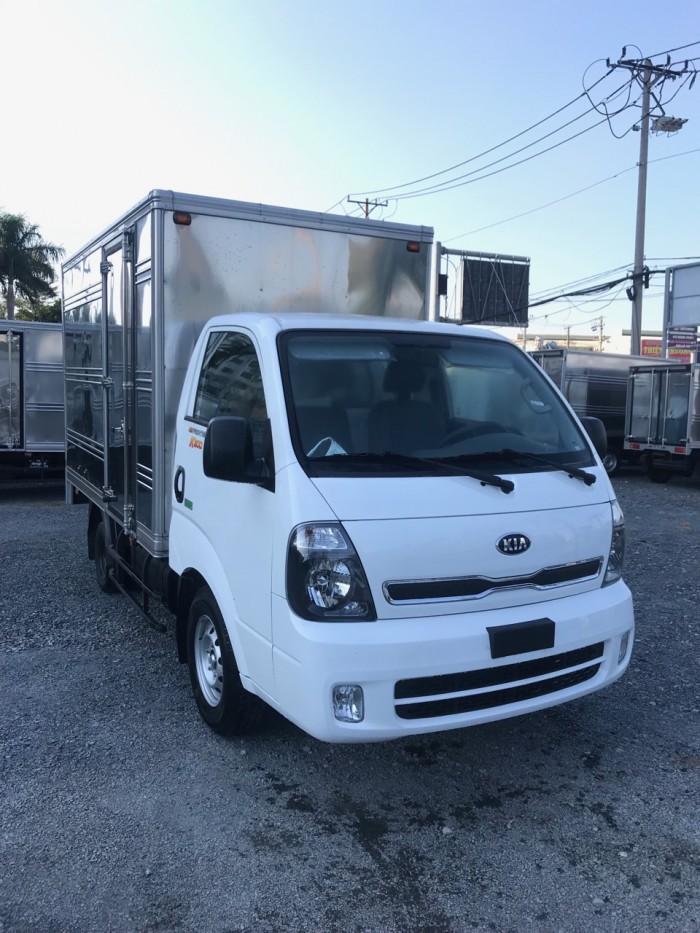 Bán xe tải KIA K200 tải trọng 1,49 tấn - 1,9 tấn vào SG, hỗ trợ trả góp 75% giá trj xe.