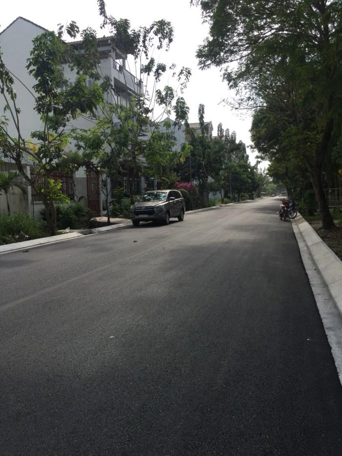 Đất nền nhà phố Conic 13B cách bến xe Q8 1km, DT 129.5m2, SHR, vị trí đẹp