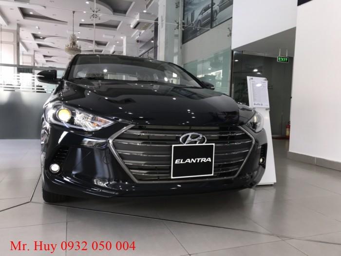 Hyundai Elantra 1.6MT giao ngay chỉ với 190 triệu