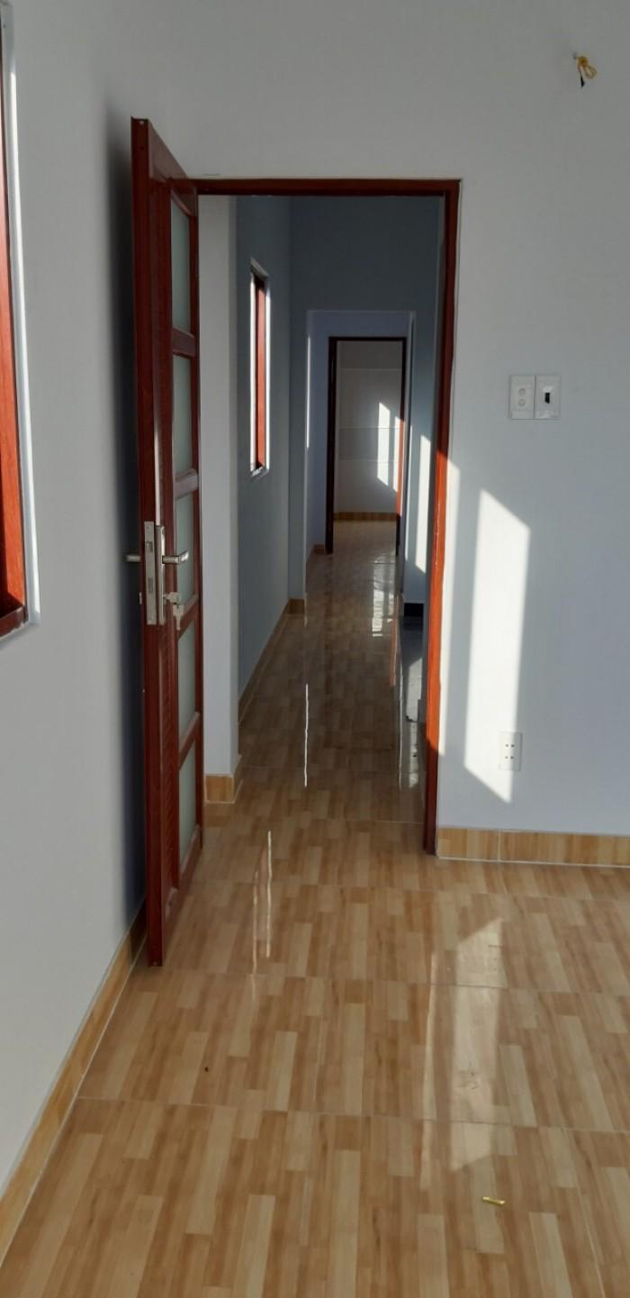 Bán nhà lầu hẻm 283 đường bông sao p5 q8, DT 92m