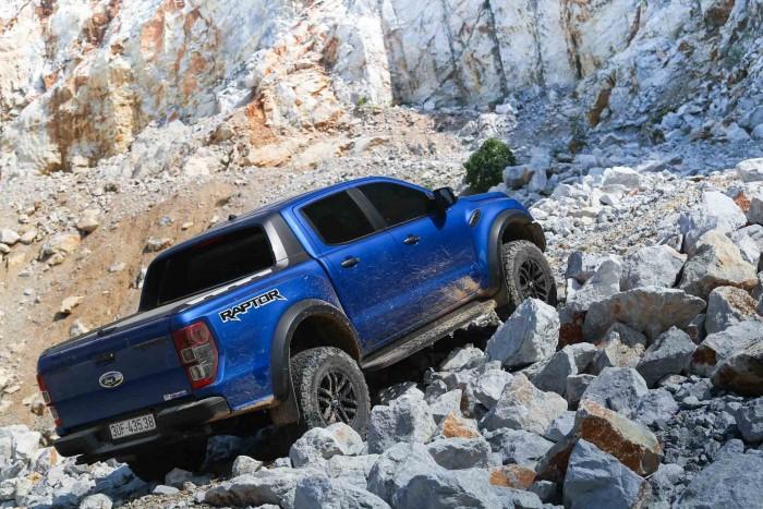 Ford RAPTOR , đỉnh cao bán tải, chiếc bán tải mạnh mẹ nhất VN