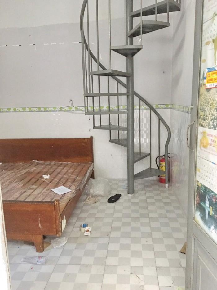 Cho thuê nhà nhỏ 1 lầu hẻm 1135 Huỳnh Tấn Phát, Phú Thuận, Quận 7.