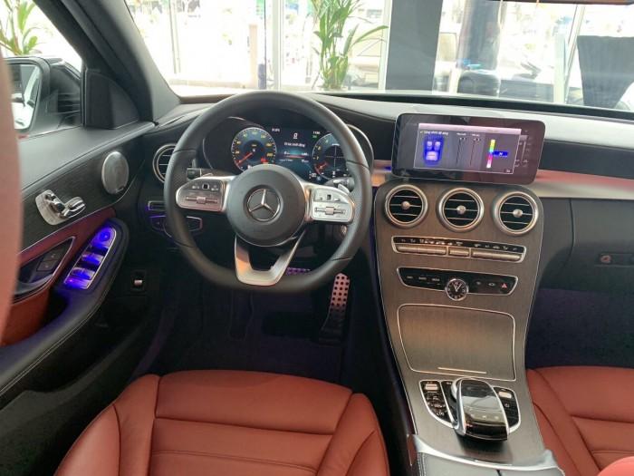 Mercedes C300 AMG - 2019 4