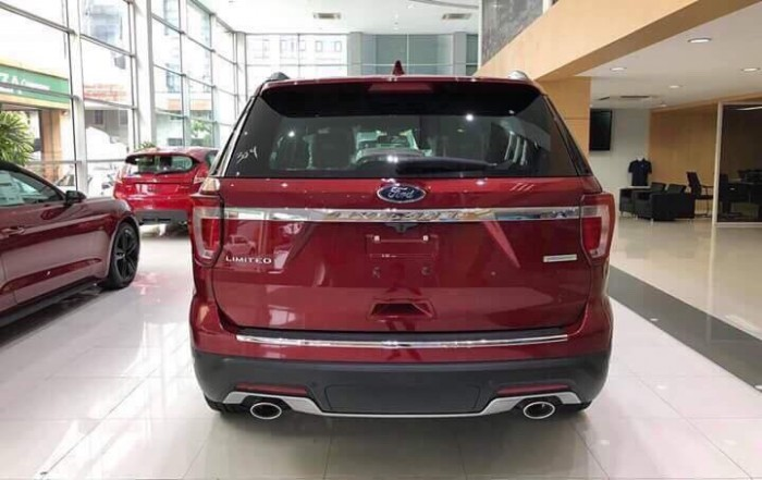 Giá xe Ford Explorer 2019, KM cực lớn quà tặng cực nhiều!