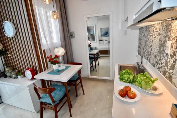 Cần bán gấp căn hộ Phúc Thịnh Q.5, Dt 96m2, 3 phòng ngủ, tặng nội thất, sổ hồng, căn góc, nhà rộng thoáng