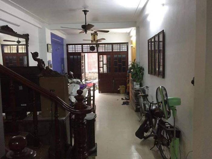 Bán nhà Nguyễn Trãi Thanh Xuân 43m 4 tầng mặt tiền 4 m, nhà đẹp ở luôn.