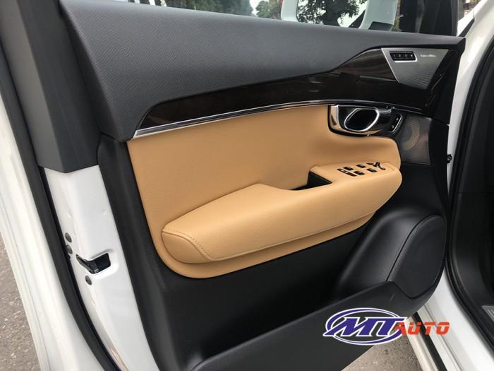 Volvo Xc90sx 2016 Dky lần đầu T12/2017 mới 99,99% Siêu Siêu Lướt 15000km Zin.  LH 0982.842838 15