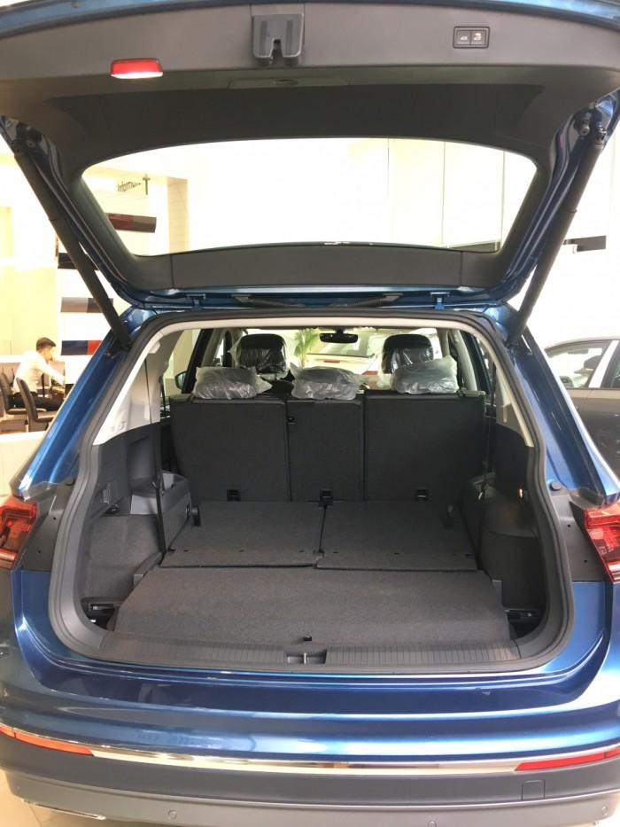 Tiguan Allspace chiếc SUV của người Đức. Ưu đãi giá tốt liên hệ PKD