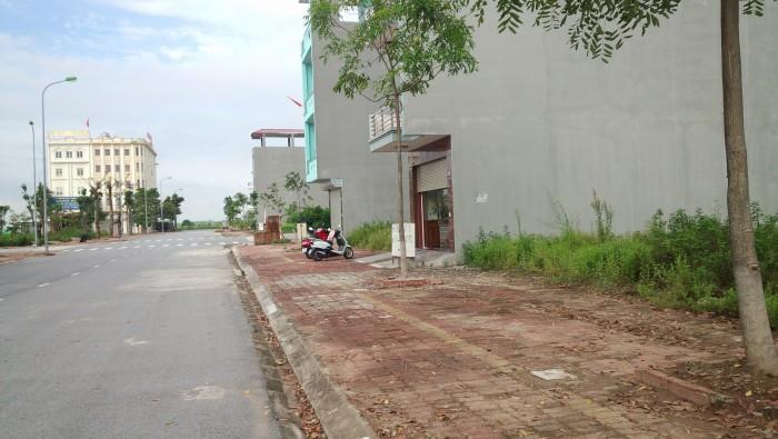 Cần bán 260m2 đất thổ cư , Ngay Chợ Phạm Văn Hai Bình Chánh, đất xây dựng tự do