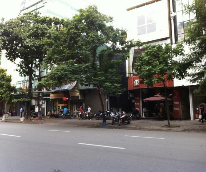 Nhà 2 tầng kinh doanh sầm uất mặt phố Cổ Bi, diện tích 9m2