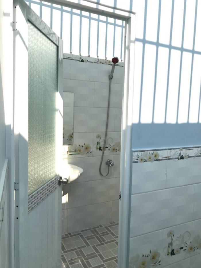 Nhà đường Bà Triêu, 1 trệt 2 lầu 4 phòng ngủ,SHR cần tay.