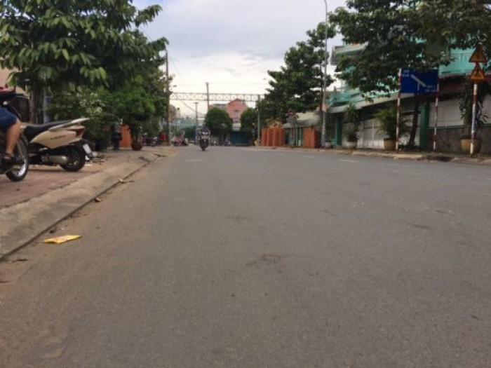 Cần bán đất xây xưởng ngay mặt tiền đường QL14 gần khu becamex