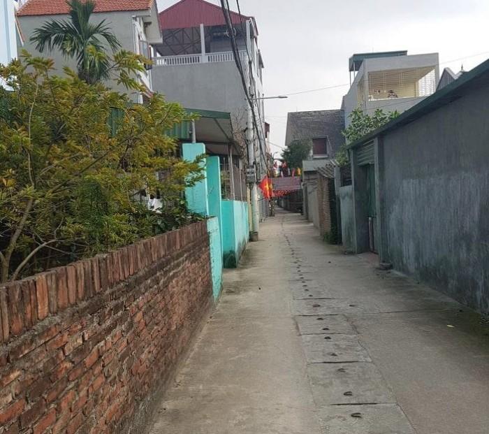 124m2 đất thôn Hội - Cổ Bi, đường oto đỗ cửa thông thoáng.