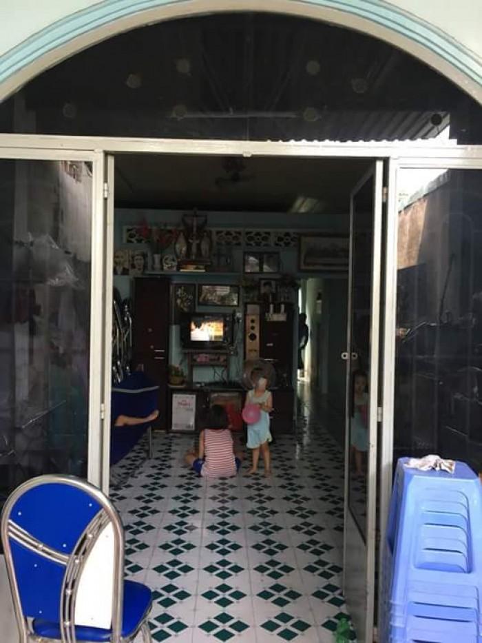 Bán nhà ngay đường số 7 Linh Trung, Thủ Đức, sổ hồng, giá rẻ
