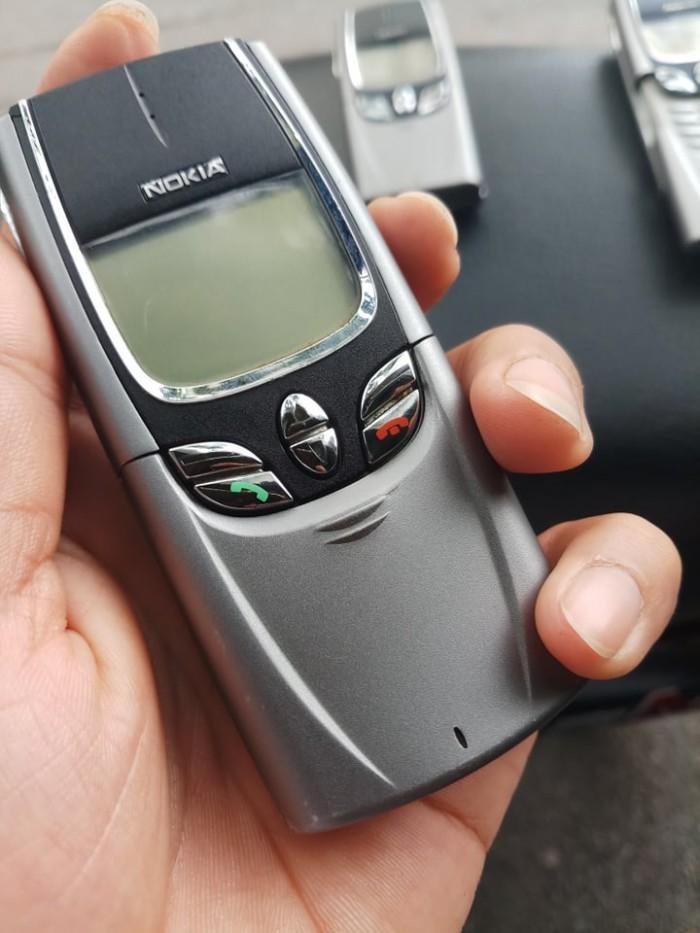 Điện Thoại Nokia 8850 màu xám nguyên zin ,giá rẻ0