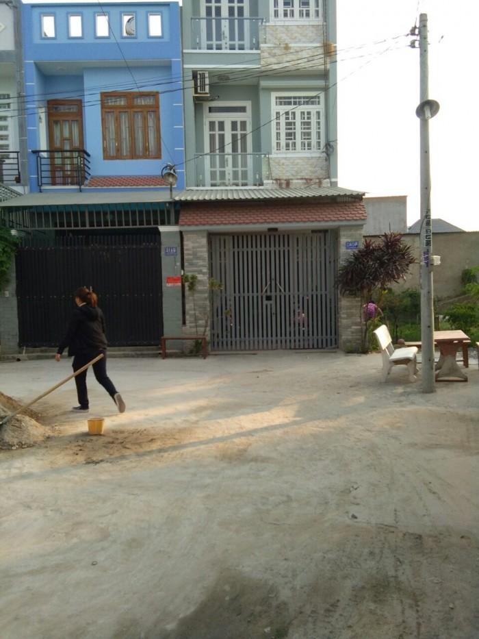 Bán nhà gần ngã ba Giồng huyện Hóc Môn